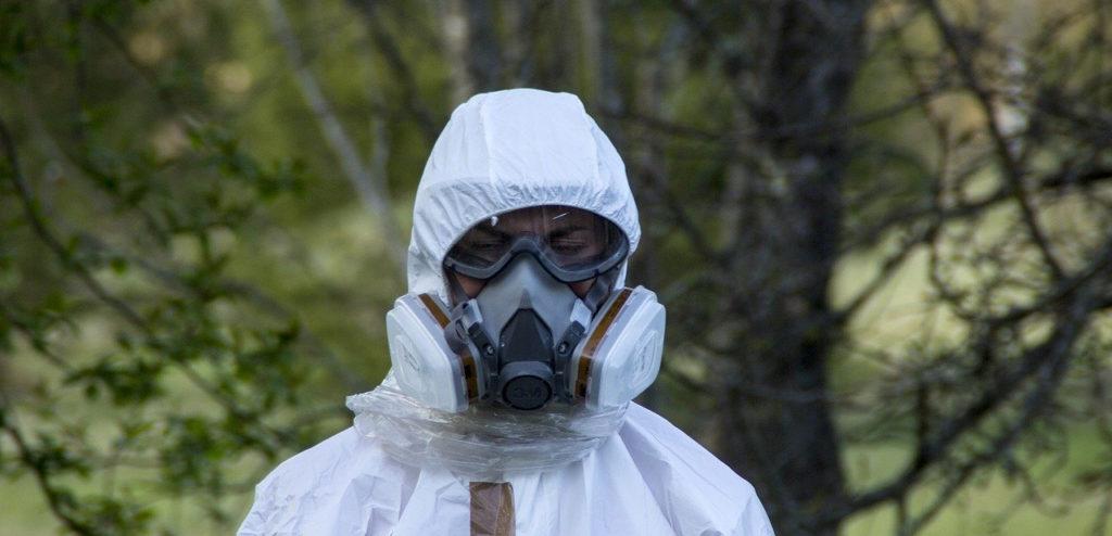 Fase di bonifica di amianto