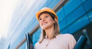 rspp o architetto che valuta lavori in azienda